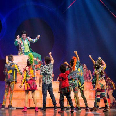 Publiek laaiend enthousiast tijdens de première van Ketnet Musical: Unidamu!