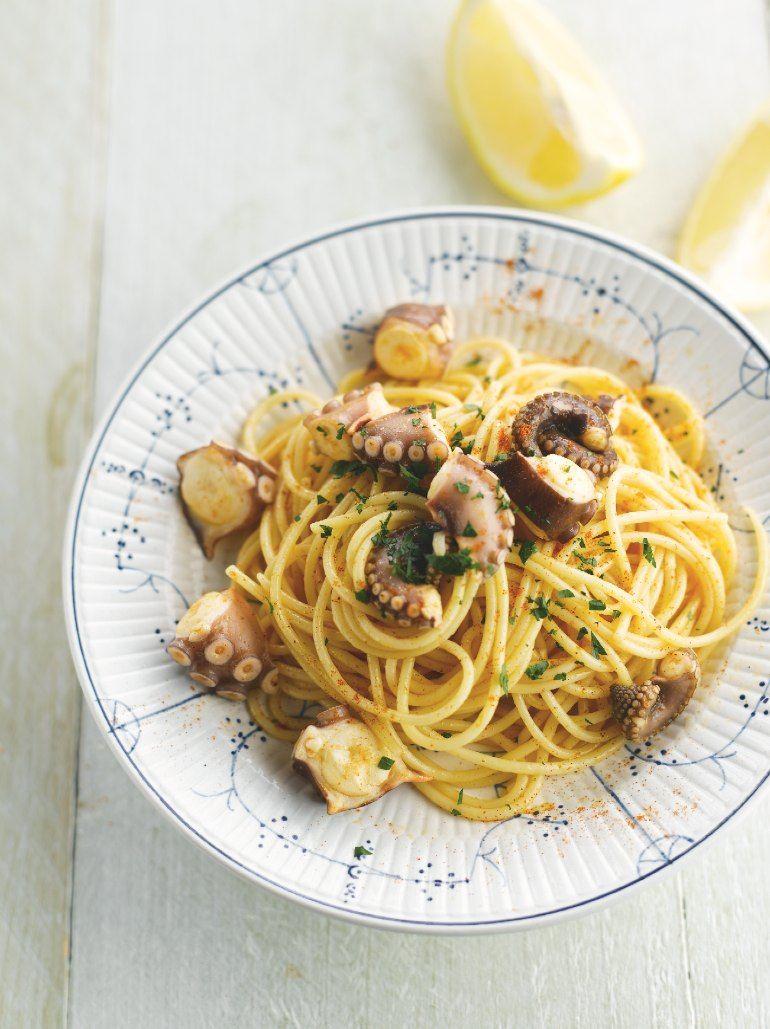Spaghetti met inktvis