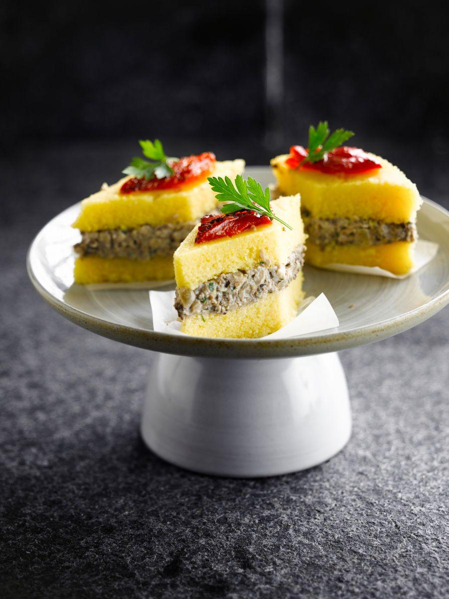 Hapje van polenta en champignon