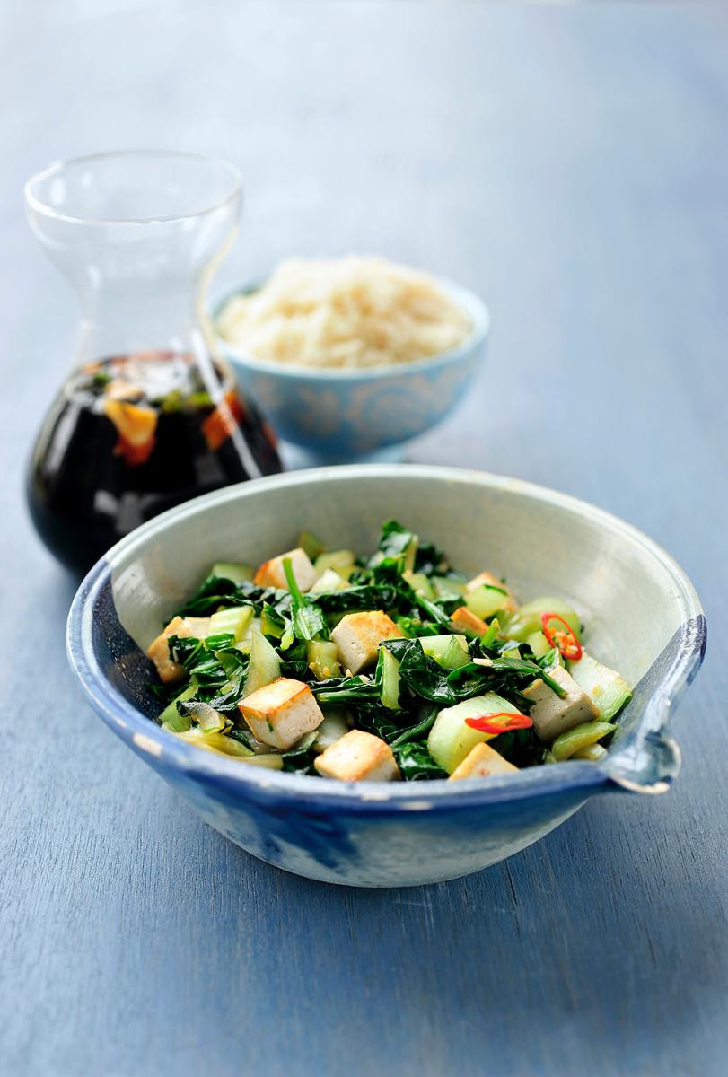 Vietnamese spinazie met tofu en soja-algensaus