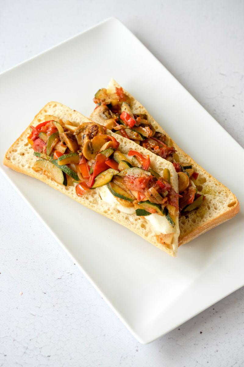 Vegetarische pizzabaguette