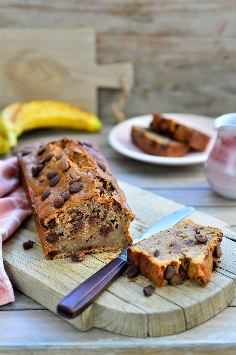 Luchtig bananenbrood met chocolade