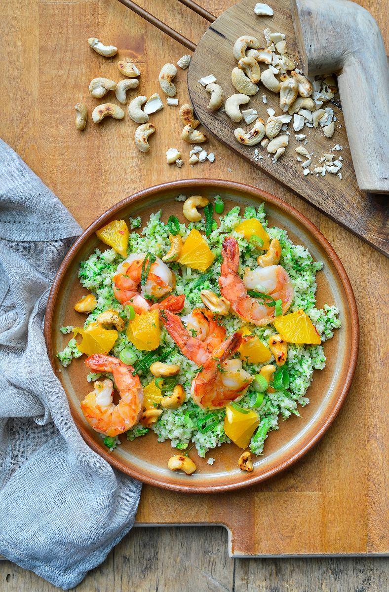 Broccoli-couscous met scampi en sinaasappel