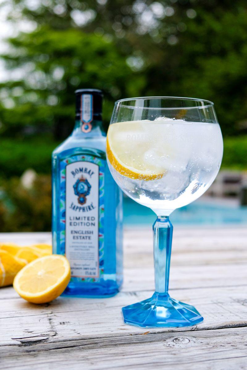 Bombay English estate Gin & Tonic