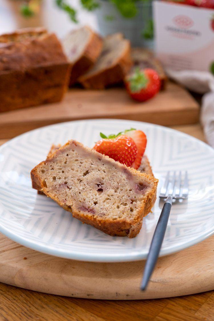 Aardbeien-bananenbrood