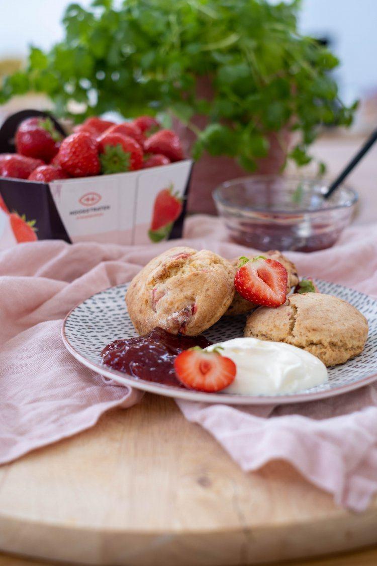 Aardbeien-scones