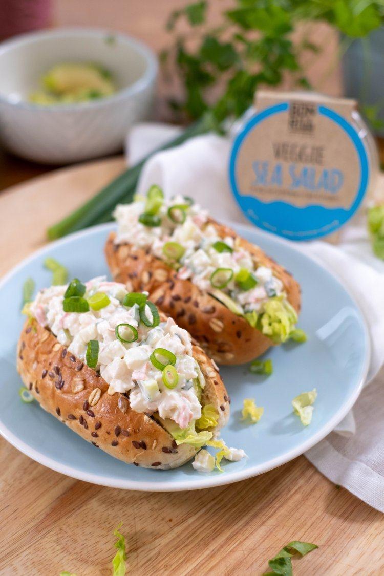 Veggie sea salad rolls