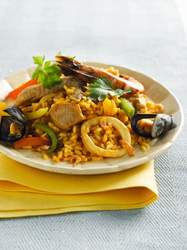 Paella met gamba's en calamares