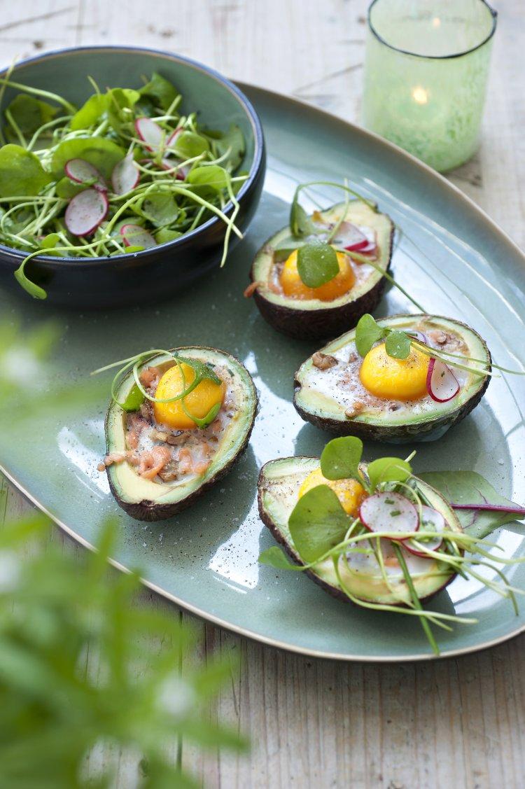 Gevulde avocado's met ei en zalm