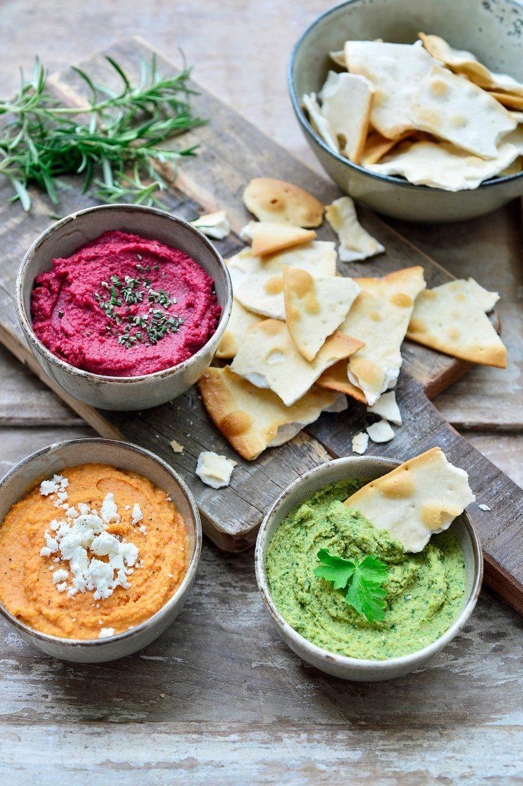 Hummus met paprika en feta