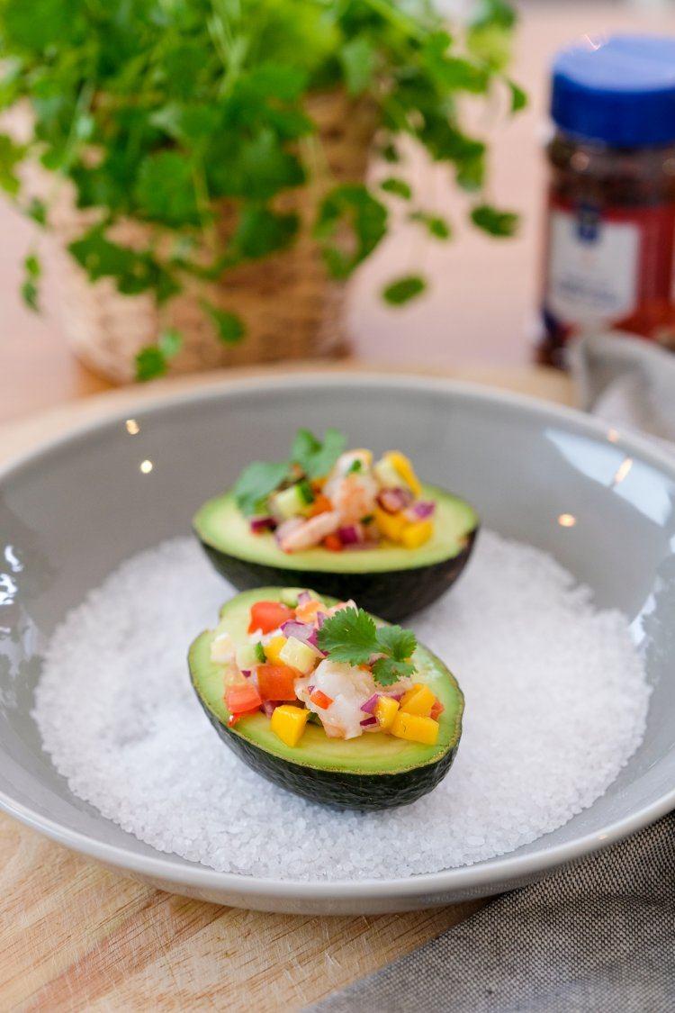 Ceviche met scampi en avocado