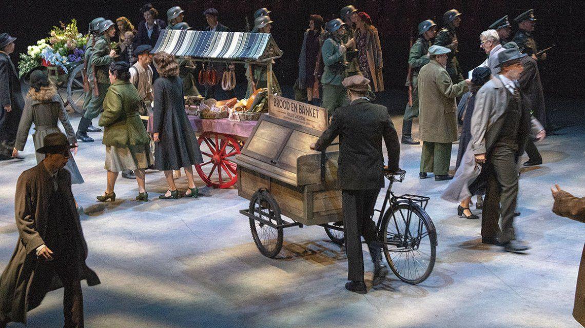 spektakel-musical 40-45 verpulvert bezoekersrecord van 14-18!