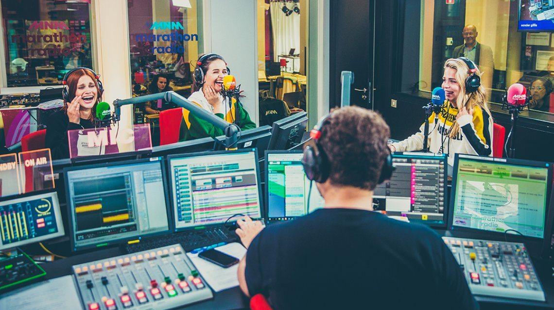 K3 op bezoek bij de radio!